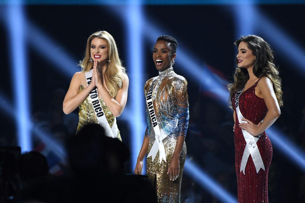 Zozibini Tunzi Miss Universe 2019 กำลังเดินทางมาไทย
