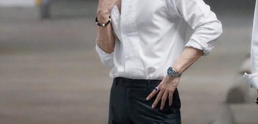 มิว ศุภศิษฏ์ นักแสดงหนุ่มหล่อมากความสามารถ หรือ ธาร ในซีรีย์ เรื่อง  TharnType the Series เกลียดนักมาเป็นที่รักกันซะดีๆ