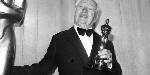 ชาลี แชปลิน รับรางวัลออสการ์จากภาพยนตร์เรื่อง The Circus ที่ไร้คู่แข่ง